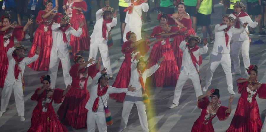 El cantante colombiano Silvestre Dangond fue el atractivo principal del cierre. (horizontal-x3)
