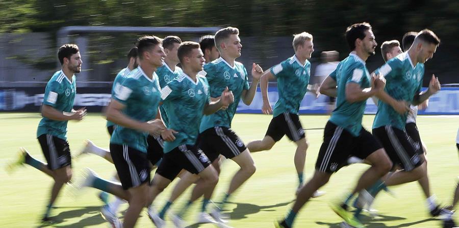 Kroos anotó el gol de la victoria de Alemania el sábado. (AP) (horizontal-x3)