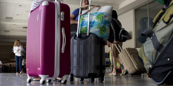 ¿Cuántos boricuas muestran intención de mudarse de la isla?