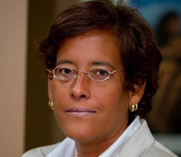 María Isabel Vicente