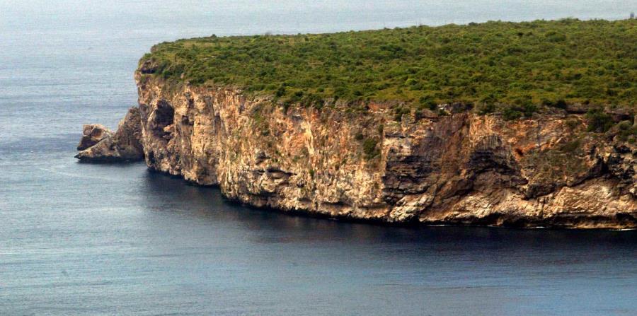 El hombre llegó a la isla de Mona el pasado 16 de marzo junto a un nutrido grupo de cazadores. (GFR Media) (horizontal-x3)