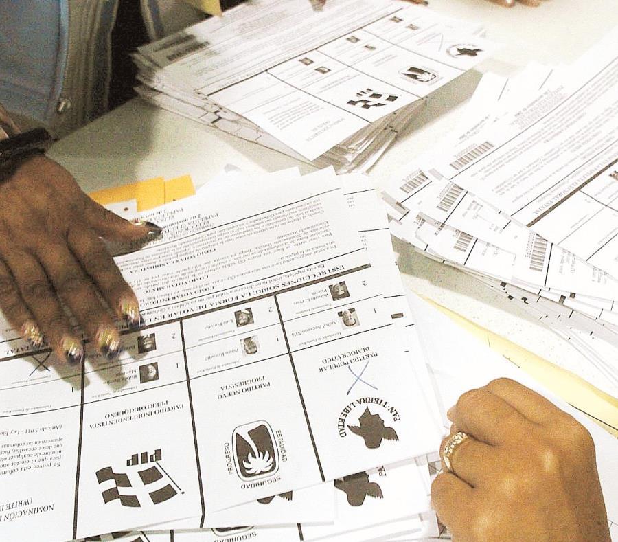En el 2017, el gobierno de Ricardo Rosselló Nevares optó por eliminar la Ley 222-2011 o el Fondo Electoral para así enfrentar la crisis fiscal y proteger a los más vulnerables. (GFR Media) (semisquare-x3)