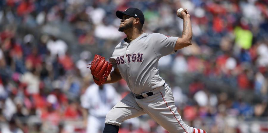 El venezolano Eduardo Rodríguez se apuntó el triunfo por Boston. (AP) (horizontal-x3)