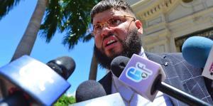 Farruko se libra de la cárcel en caso federal por ocultar dinero