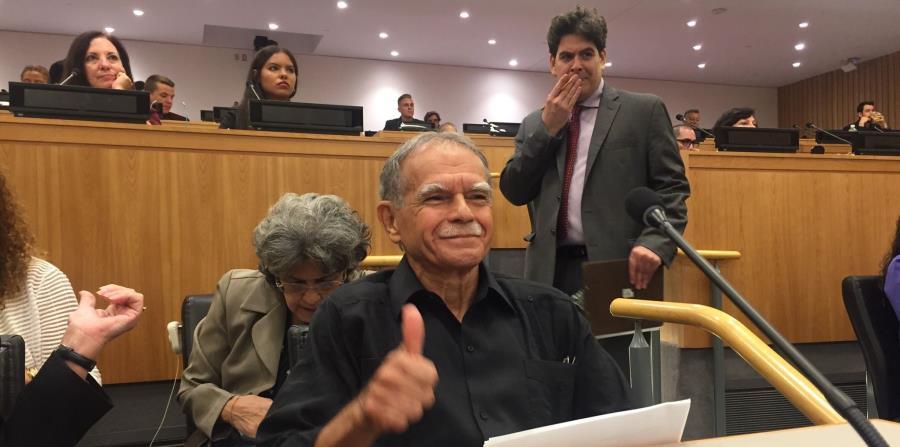 López Rivera hizo un llamamiento también a favor de la excarcelación de la espía boricua Ana Belén Montes. (horizontal-x3)