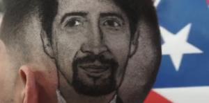 Barbero puertorriqueño lleva la fiebre por Lin-Manuel Miranda al cabello