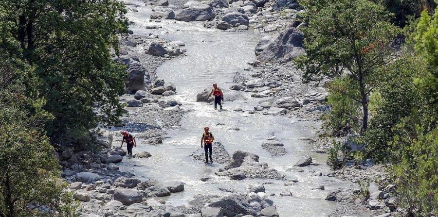 Diez muertos tras el desborde de un rio en Italia (horizontal-x3)