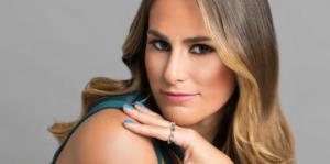 Mónica Puig lanza su colección de esmaltes