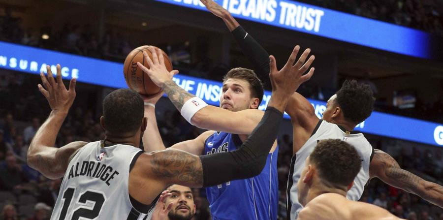 Los Mavericks de Dallas se imponen ante los Spurs de San Antonio - El Nuevo Dia.com