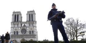 Condenan a dos mujeres que intentaron atentar contra Notre Dame