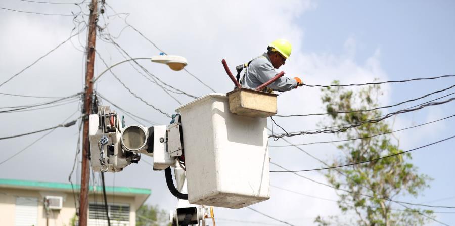 Alrededor de 18 compañías trabajan en la restauración del sistema eléctrico (horizontal-x3)