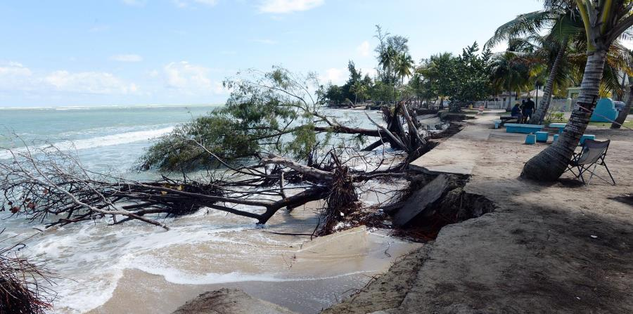 La erosión es la manifestación más clara del aumento en el nivel del mar en Puerto Rico. En la foto, el área de Parcelas Suárez, Loíza. (horizontal-x3)