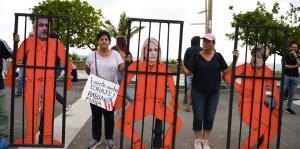 Mira los carteles y mensajes escritos por el público en la manifestación