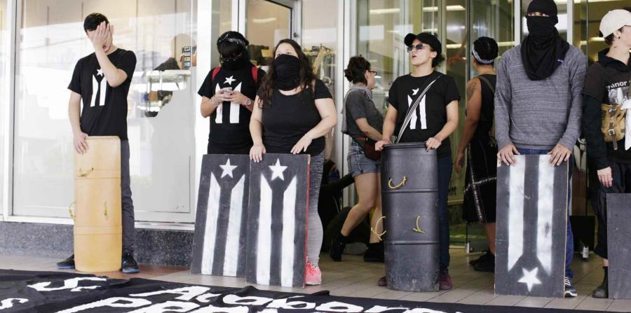 protesta (horizontal-x3)