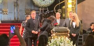 José José ya descansa en su México natal