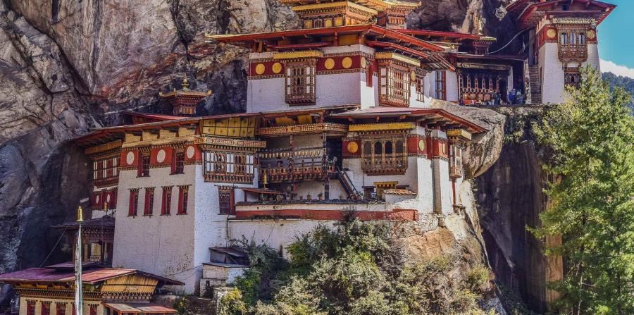 El Nido del Tigre es uno de los monasterios más conocidos de Bután.