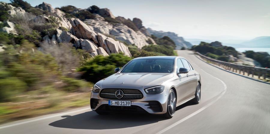 Mercedes-Benz E-Class (Suministrada)
