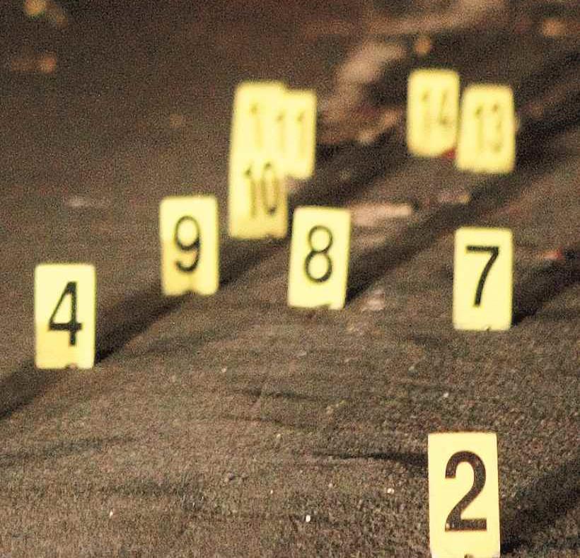 El agente Radames Pagan, de la División  Homicidios de Ponce, se unió a la investigación junto con el fiscal de turno. (Archivo / GFR Media) (semisquare-x3)