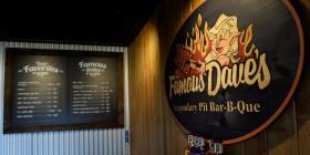 Restaurantes luchan por subir sus ventas
