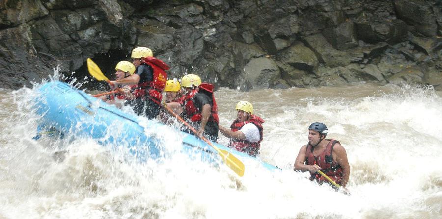 El rafting consiste en navegar un río en una balsa. (GFR Media) (horizontal-x3)