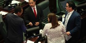 Senado aprueba medida que prohíbe se contrate entidades creadas cerca de un cambio de administración