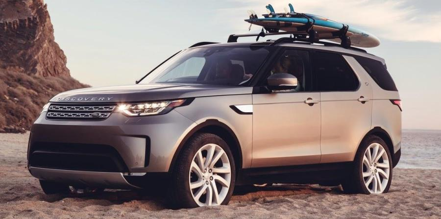 Vista de la Land Rover Discovery del 2017. (horizontal-x3)