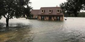 La tormenta Imelda deja dos muertos y docenas de atrapados en Texas