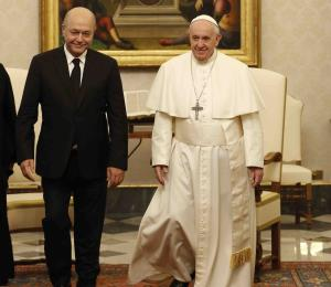 El Vaticano exhorta a presidente de Irak a proteger cristianos