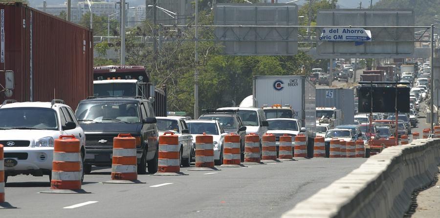 Hace dos semanas, comenzaron los trabajos de reparación en la avenida Kennedy. (GFR Media) (horizontal-x3)