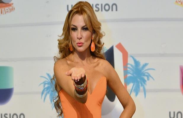 Julián Gil espera fecha para prueba de ADN a Matías