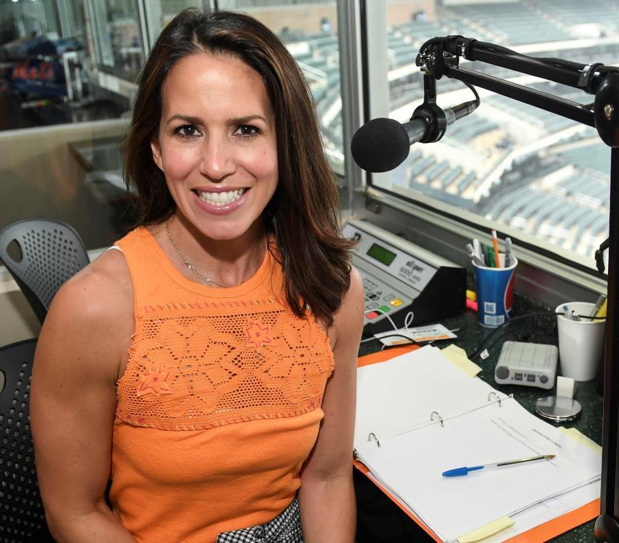 Marysol Casto, puertorriqueña nacida en el Bronx, creció practicando deportes y el pasado año se convirtió en apenas la segunda mujer en fungir como anunciadora en un estadio. (Suministrada/New York Mets) (semisquare-x3)