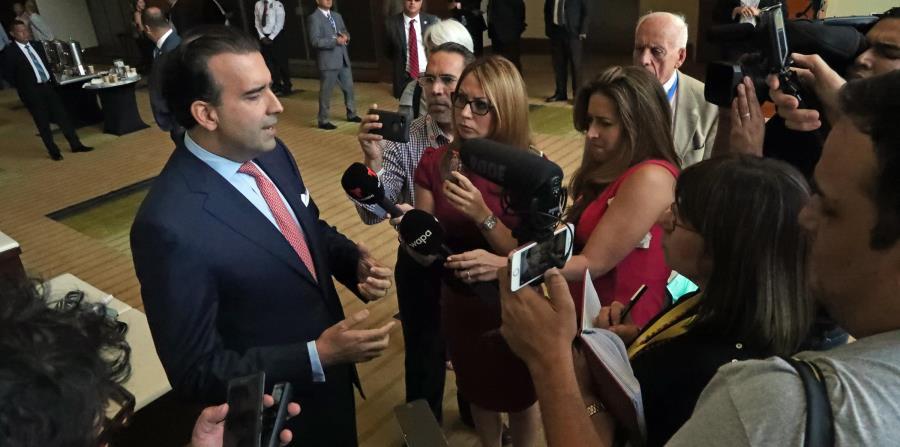 Carrión habló ayer en la convención de la  Cámara de Comercio, y dijo que los municipios figuran también en la lista de asuntos de la Junta de Supervisión Fiscal. (horizontal-x3)