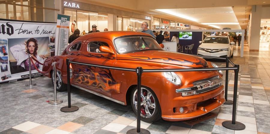 Durante el PRIAS la Cooperativa de Seguros Múltiples tendrá en exhibición un auto de colección reconstruido a mano por el puertorriqueño, Alejandro Martínez, un Chevrolet del 1950, llamado Rust Killer. (horizontal-x3)