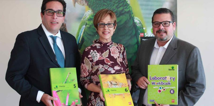 Desde la izquierda, Juan Reyes, director general de SM, María Mercedes Grau,  responsable de Asesoría Pedagógica de SM y Daniel Oti, director comercial de SM. (horizontal-x3)