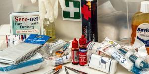 Tu mochila de emergencia paso a paso: ¿Qué debe contener tu botiquín de primeros auxilios?