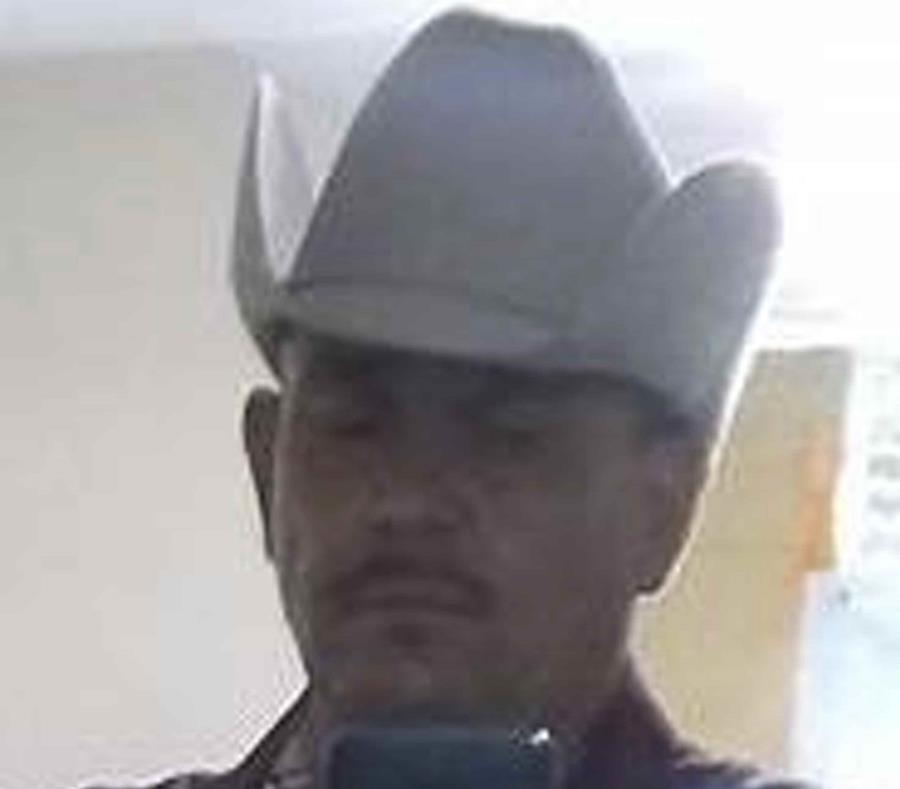 La imagen proporcionada por el Departamento de Policía de Phoenix el sábado 1 de septiembre de 2018 muestra a Dimas Coronado, de 46 años. (AP) (semisquare-x3)
