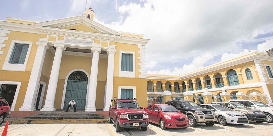 Fortaleza reacciona a situación en la Escuela de Artes Plásticas (horizontal-x3)