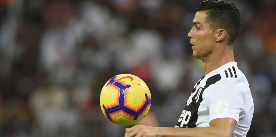 En 2017, un fiscal acusó a Cristiano Ronaldo de cuatro cargos de fraude fiscal de 2011 a 2014 estimados en $16.7 millones. (AP) (horizontal-x3)