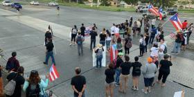 Una multitud se manifiesta en Mayagüez contra Ricardo Rosselló