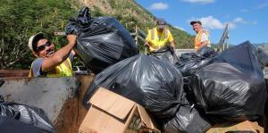 Aumenta la cantidad de desperdicios en refugios