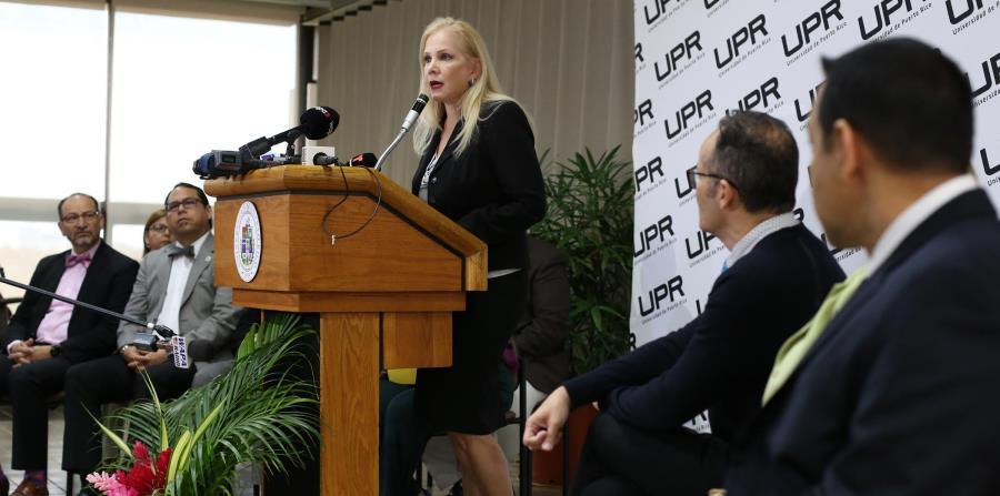El borrador del plan presentado por la  presidenta interina de la UPR, Nivia Fernández, no ha encontrado eco en la gerencia de la UPR. (horizontal-x3)
