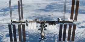 Envía a la Estación Espacial una cápsula con quesos y dulces