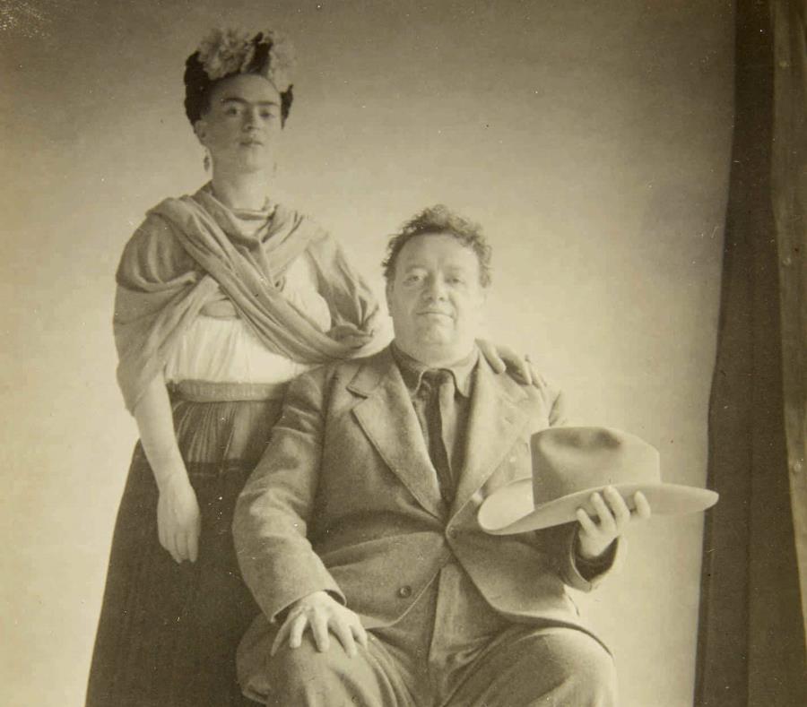 Revelan fotos poco conocidas de Frida Kahlo tomadas por su amante