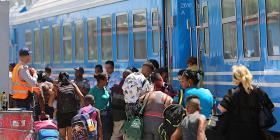 Tren con vagones chinos hace su primer viaje en Cuba