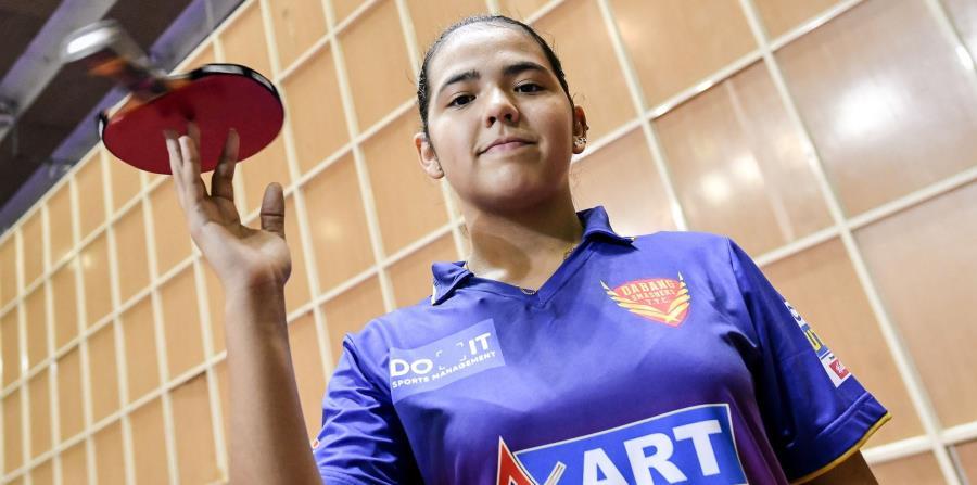 En la foto está Adriana Díaz, tenista de mesa. (horizontal-x3)