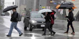 Lluvia leve también aumenta riesgo de accidentes de tránsito de carácter fatal
