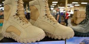 Una empresa boricua confeccionará botas para la milicia estadounidense
