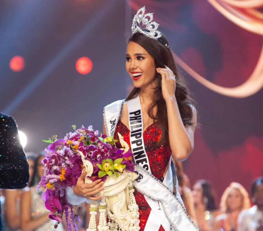 Miss Universe rompió su corona valorada en miles de dólares