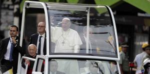 El papa Francisco inicia visita por Chile