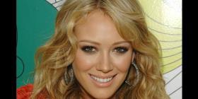 Hilary Duff comparte el vídeo del nacimiento de su hija Banks